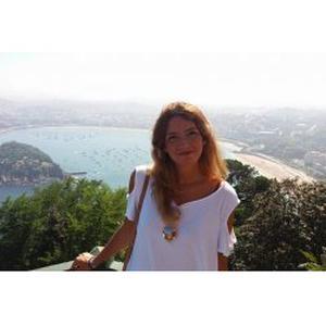 Inma, 24 ans Etudiante en Master 2 donne cours d'Anglais et d'Espagnol à Lyon