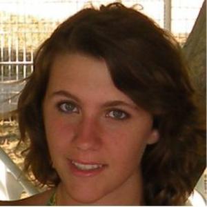 Laura, 24 ans esthéticienne à votre disposition