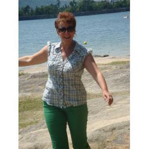 Nicole, 56 ans propose ses services aux personnes âgées