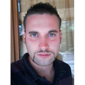 Maxime, 30 ans propose des services de jardinage