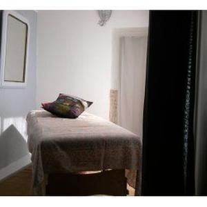 Massages-bien-être / Praticienne agréée FFMBE