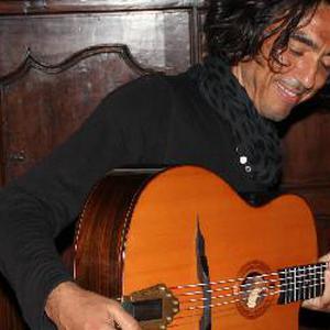 Cours de Guitare tous styles tous niveaux à domicile