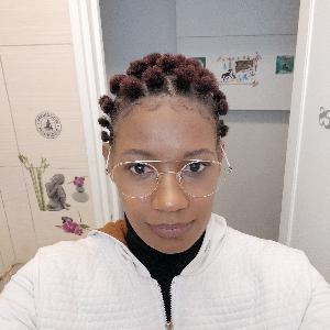 Je realise différents types de prestations pour la coiffure