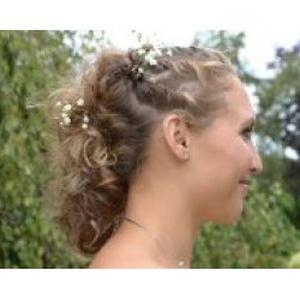 Spésialiste de coiffure de mariage à domicile