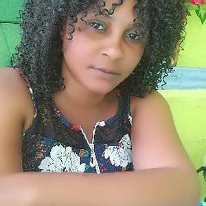 Garde d'enfant à Cayenne