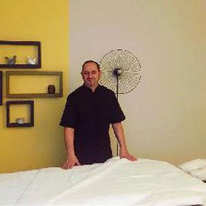 Envie de se détendre, Envie de prendre du temps pour vous ! Avez-vous pensez à un Massage énergétique ? Le cabinet Cèdre des sens vous propose des massages issus de techniques chinoises à votre domicile ou au cabinet.