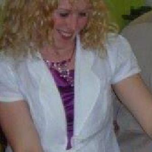 Assistante maternelle agréée et éducatrice Montessori