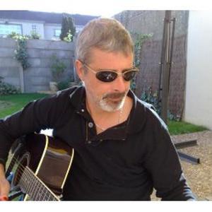 Donne cours de guitare débutant et confirmé