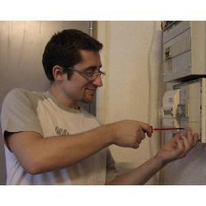 Électricien indépendant à Paris