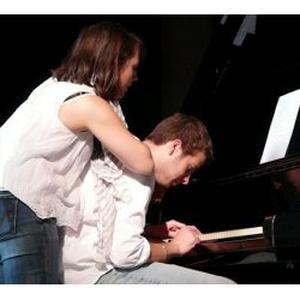 Etudiant à l'American School of Modern Music de Paris donne cours de piano