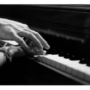 Cours de piano, synthé, chant, etc