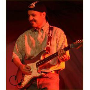 Professionnel donne cours de guitare tous styles