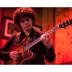 Cours de guitare à Paris et Issy-les-Moulineaux