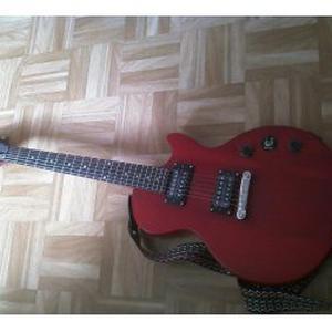 Donne cours de guitare et basse (niveau débutant)