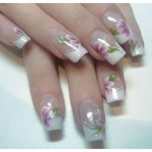 Pose d'ongle / extention cil a cil