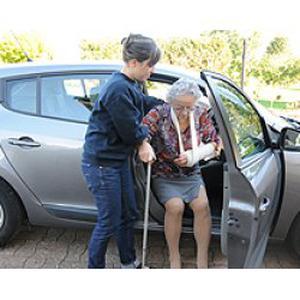 Services d'aide à domicile pour les personnes âgées