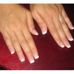 Pose d'ongles capsules + gel + french secteur Le Chesnay