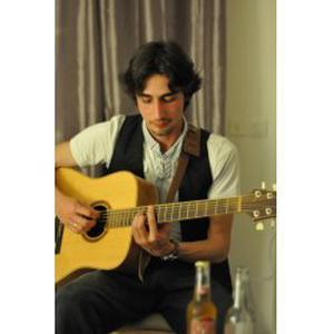 Cours de guitare pour débutant à domicile sur Toulon et alentours