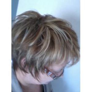Tête A tête coiffure à Jassans-Riottier